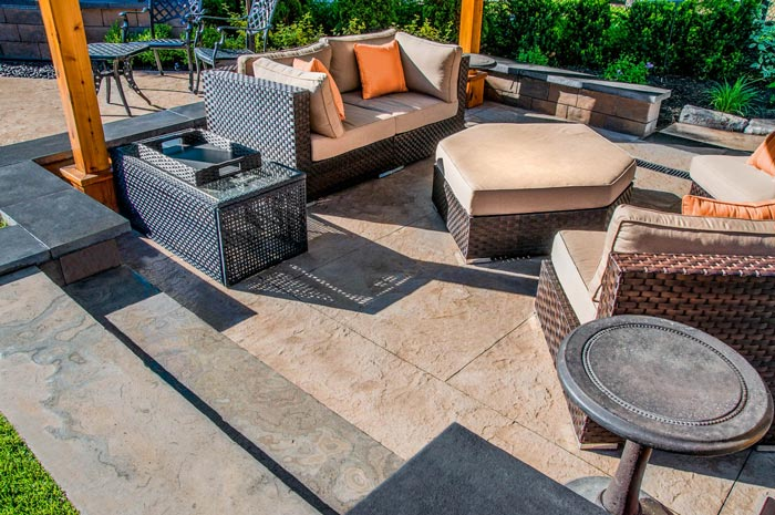 Our experience in decorative stamped concrete helps lead our franchisees
